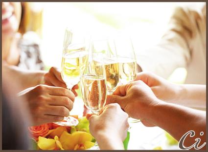 シャンパン乾杯のコピー